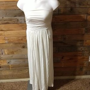 Woman's Strapless Ruched Maxi Dress - NEW
